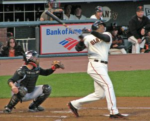 20060825_Barry_Bonds_follow_through